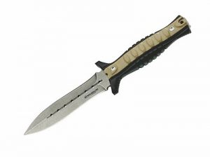 The Boker Magnum Lima Romeo. The ultimate in back up weapons. Fast, sharp, reliable. A great fixed blade dagger.