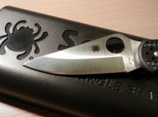 Steel education by Spyderco